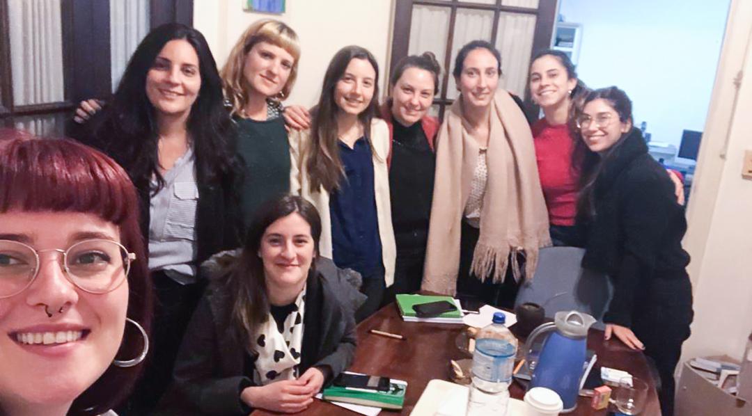 Paridad en la Macro es un espacio que reúne a economistas mujeres de distintas especializaciones que se juntan para discutir sobre macroeconomía. TSS estuvo presente en la primera reunión del espacio (foto), que se realizó en septiembre de 2019.