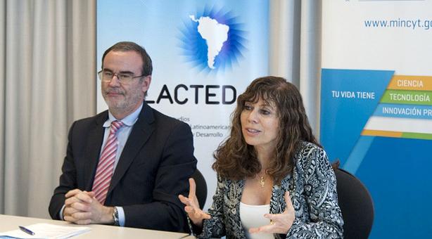 Lic. Jorge Robbio y Dra. Ruth Ladenheim del Ministerio de Ciencia, Tecnología e Innovación Productiva.