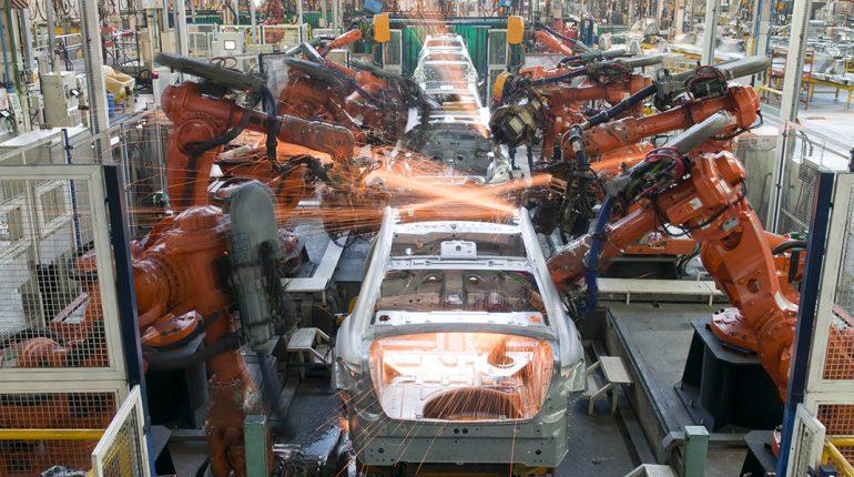 zzzznacp2NOTICIAS ARGENTINAS BAIRES, FEBRERO 03: (ARCHIVO)  La industria automotriz tuvo un  preocupante comienzo de año, al registrar la producción una caída  del 30,6% en enero con relación a igual período de 2015, mientras  que las exportaciones se desplomaron a niveles de 2002.Foto NAzzzz