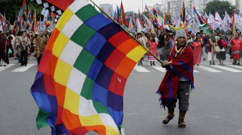 rgentinos-reclaman-derechos-y-tierras-o